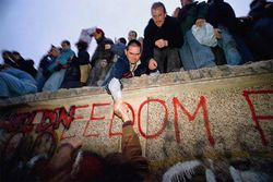 Berlin wall freedom